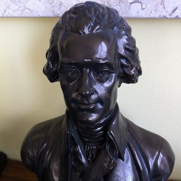 Thomas Jefferson - bust