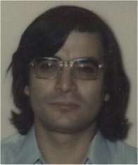 This image has an empty alt attribute; its file name is 197406-i-young-and-with-long-hair.jpg